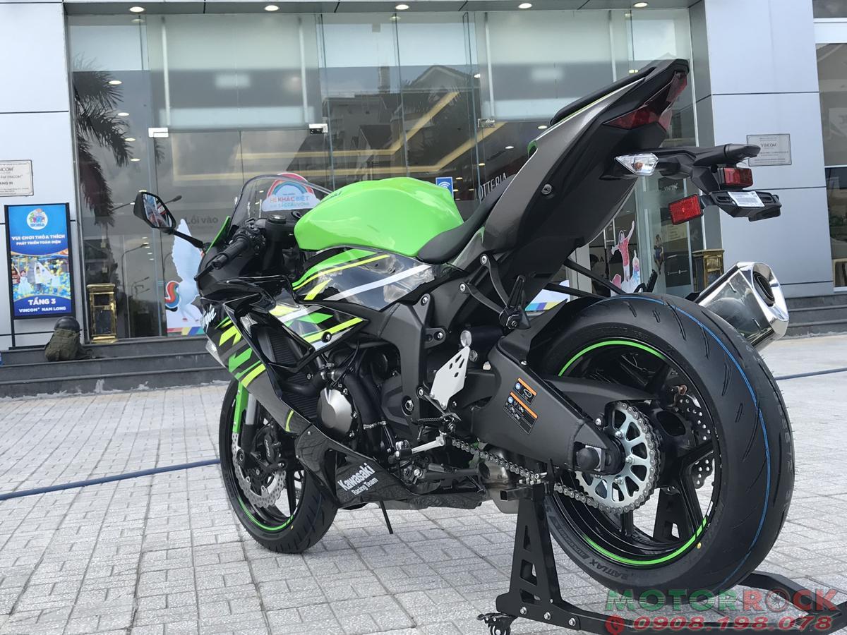 Kawasaki ZX6R xanh F