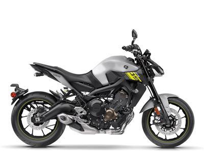 Yamaha FZ09 nhập khẩu chính ngạch