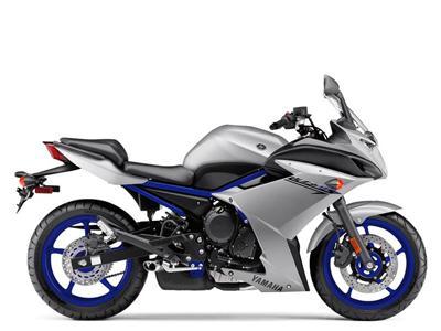 Yamaha FZ6R nhập khẩu chính ngạch