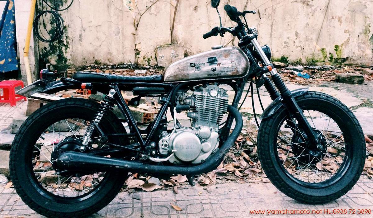 Yamaha-SR400-đầy-cá-tính