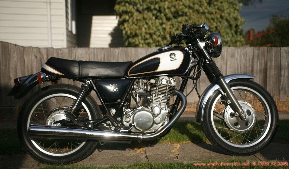 Yamaha-SR400-màu-đen