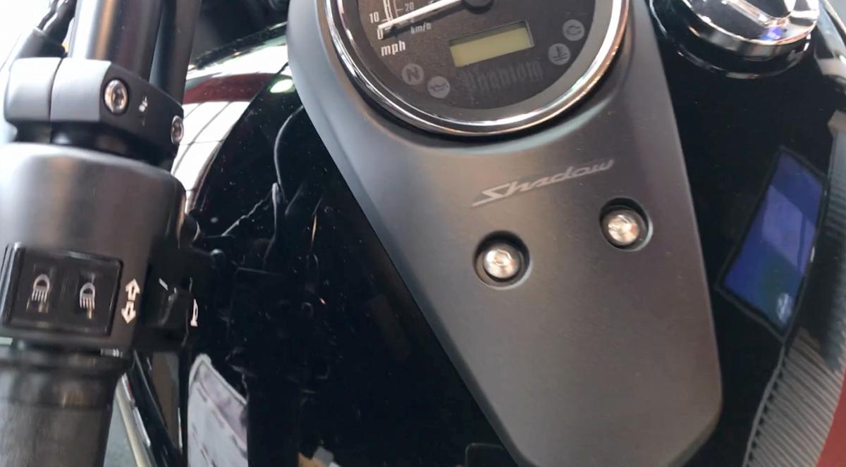 đong ho  Honda Shadow Phantom 750 2020