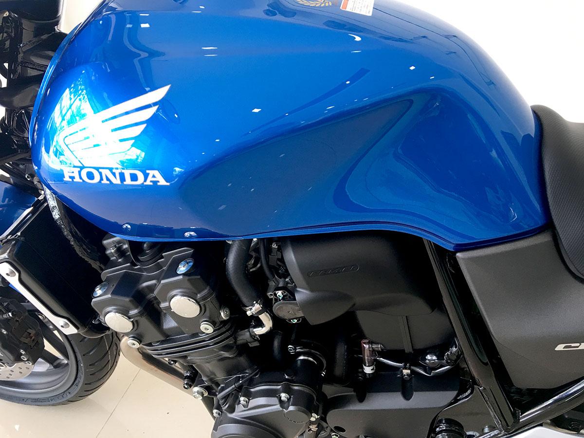 Honda CB400SF 2018