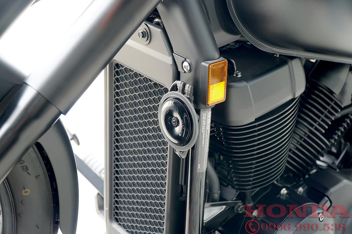 ket nước Honda Shadow Phantom 750